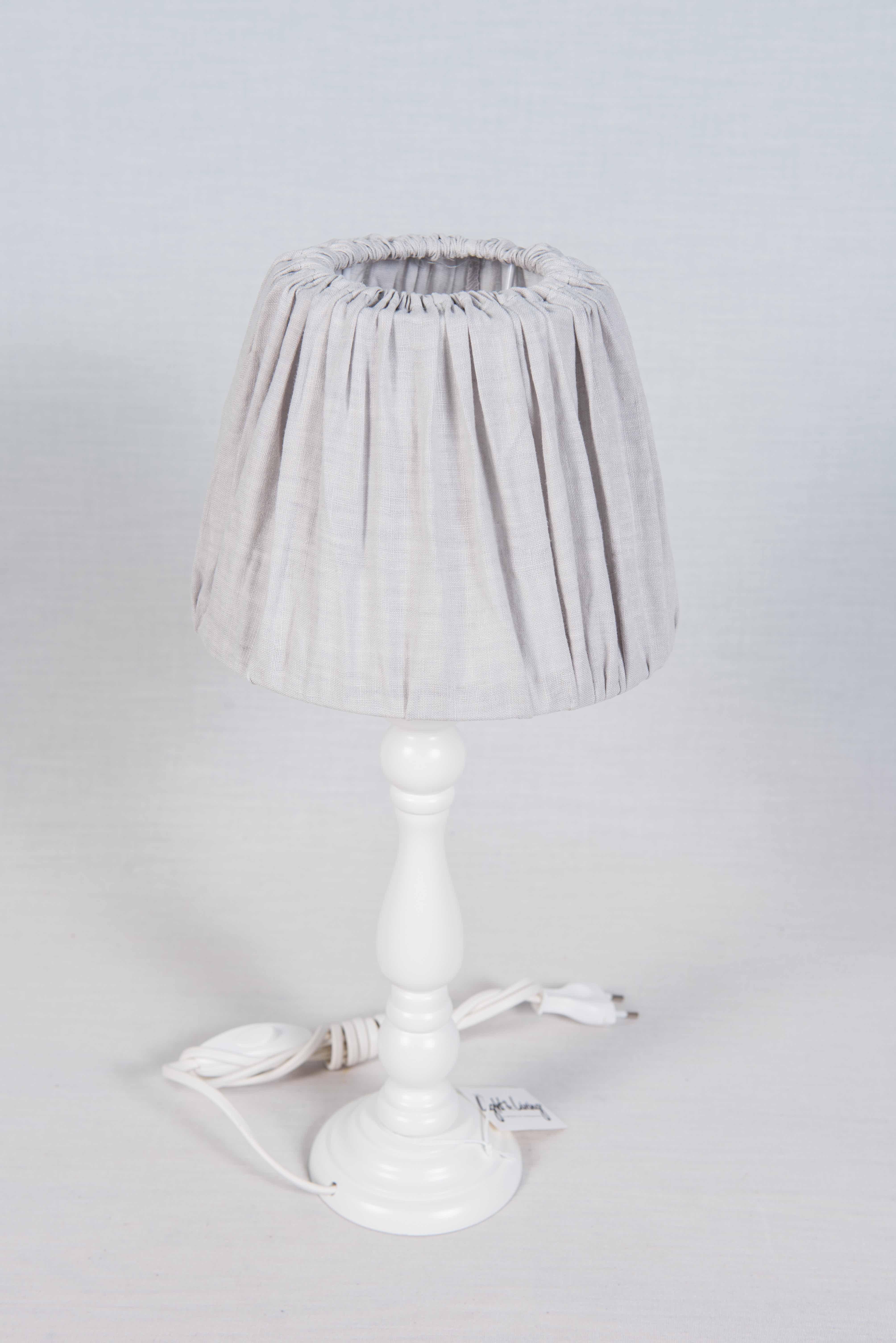 lampe poser boutique prestige chalets. Black Bedroom Furniture Sets. Home Design Ideas