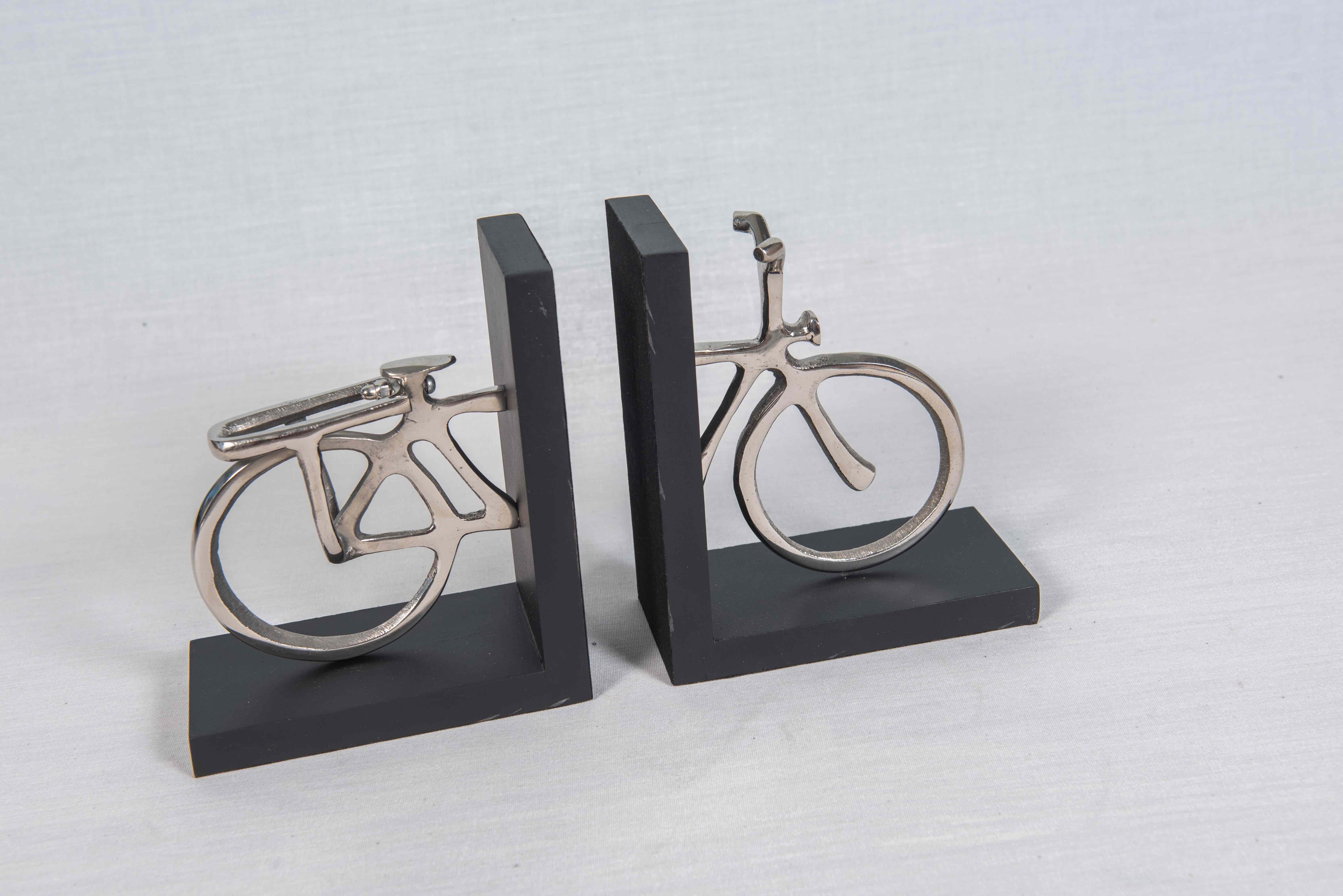 serre livres vélo argenté