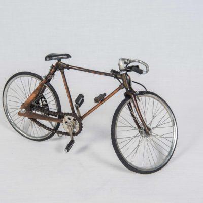 Vélo course métal
